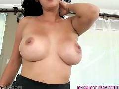 Bianca Mendoza. Mommy Blows Best